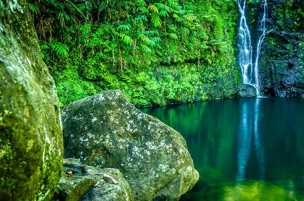 Puohokamoa Falls (12x18)