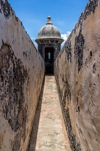 Puerto Rico Photography :: El Muro, San Juan