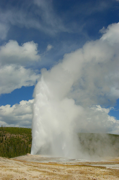 Old Faithful, Yellowstone National Park, WY