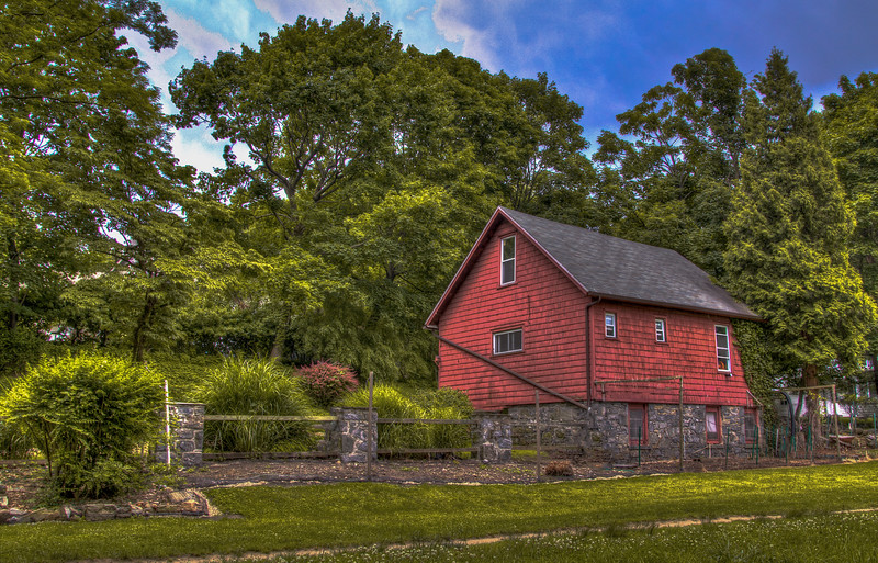 Little Red Barn Before a Storm.  Croton Aqueduct, 2014.