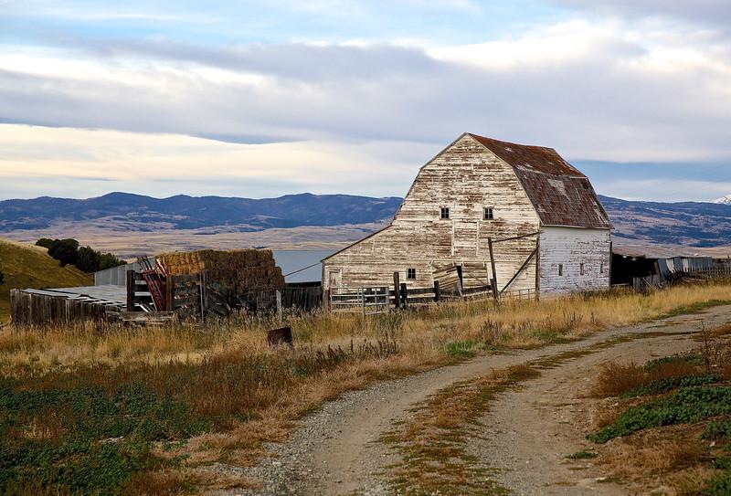 Barn.  Fiddle Creek Road, Hwy 89, Near Livingston, Montana