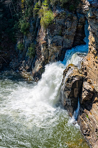 Linville Falls - Linville Gorge Wilderness - NC-17