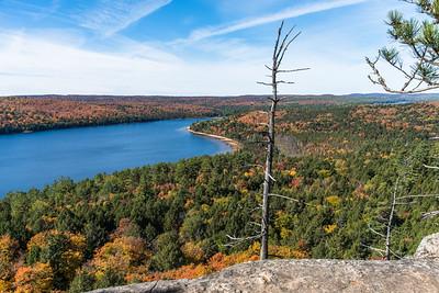 Fall foliage at Rock Lake