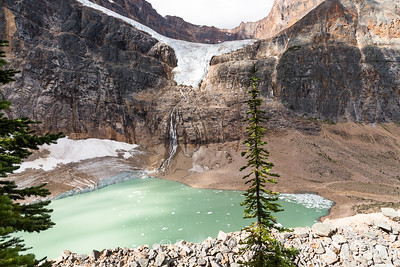 Mount Edith Cavell Glacier and Glacial Lake