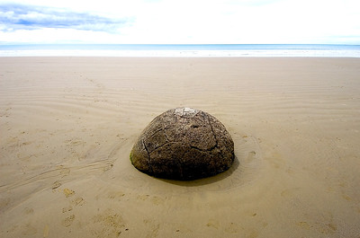 Moeraki Boulder- Koekohe Beach, New Zealand