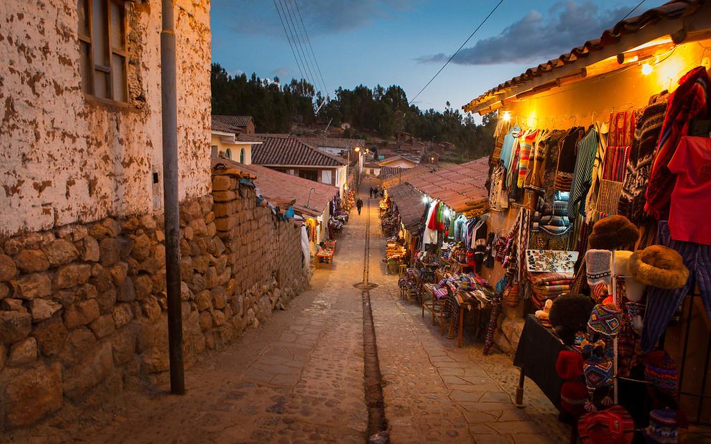 A Peruvian Neighborhood {Cuzco}