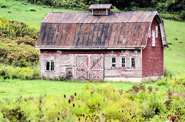 old red barn-