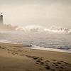 Waves crashin on the beach