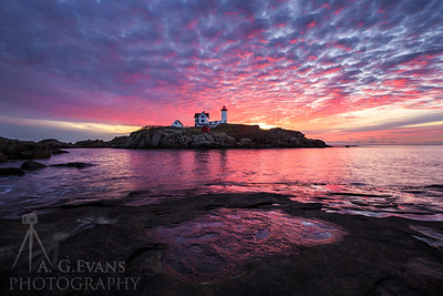Nubble Light Skyfire
