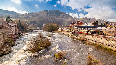 The River Dee at Llangollen, North Wales.
