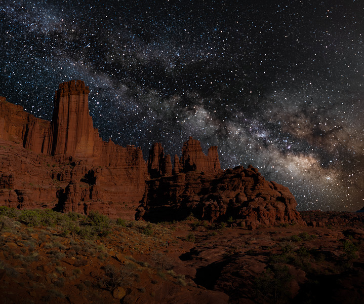 Fisher Towers With the Milky Way
