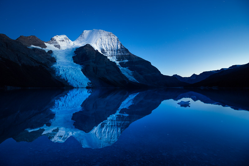 Berg Lake Blue Hour