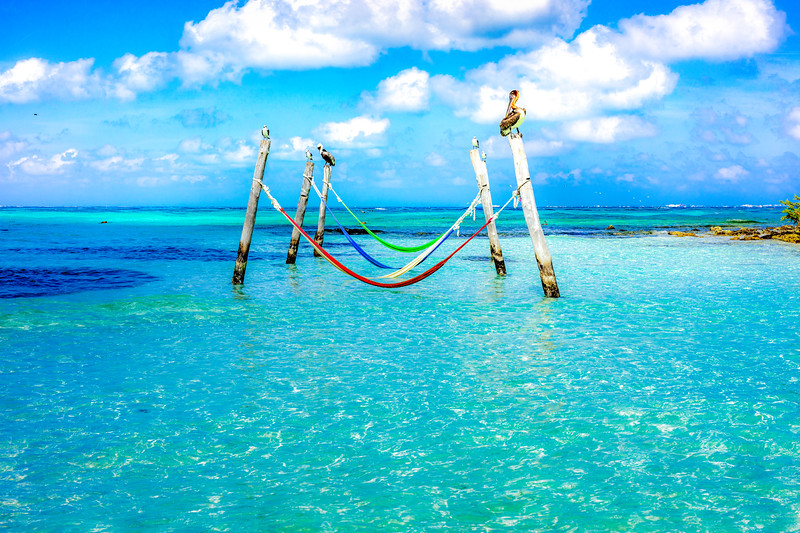 Colored hamac, Turquoise water,