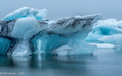 Jokulsarlon Icebergs-1