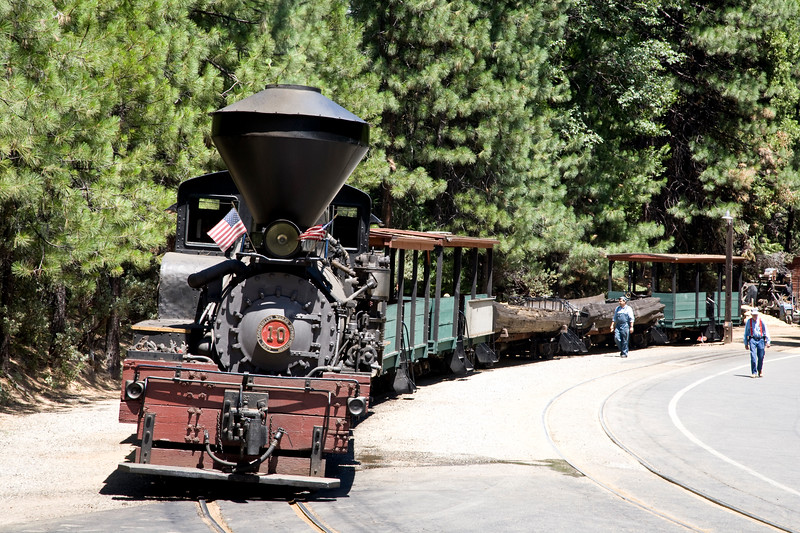 Sugar Pine Railroad, just south of Yosemite National Park, USA