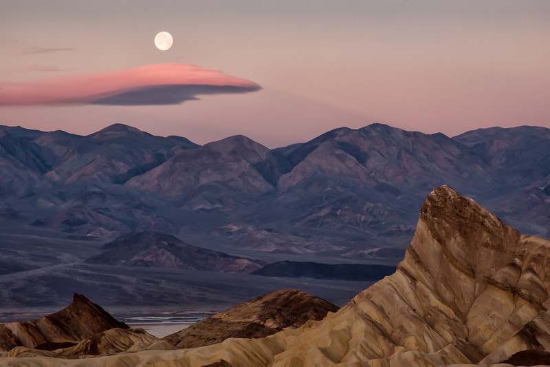 Moonset at Zabriske Point