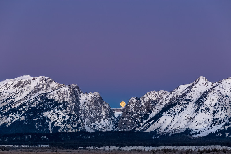 Moon Set over the Tetons