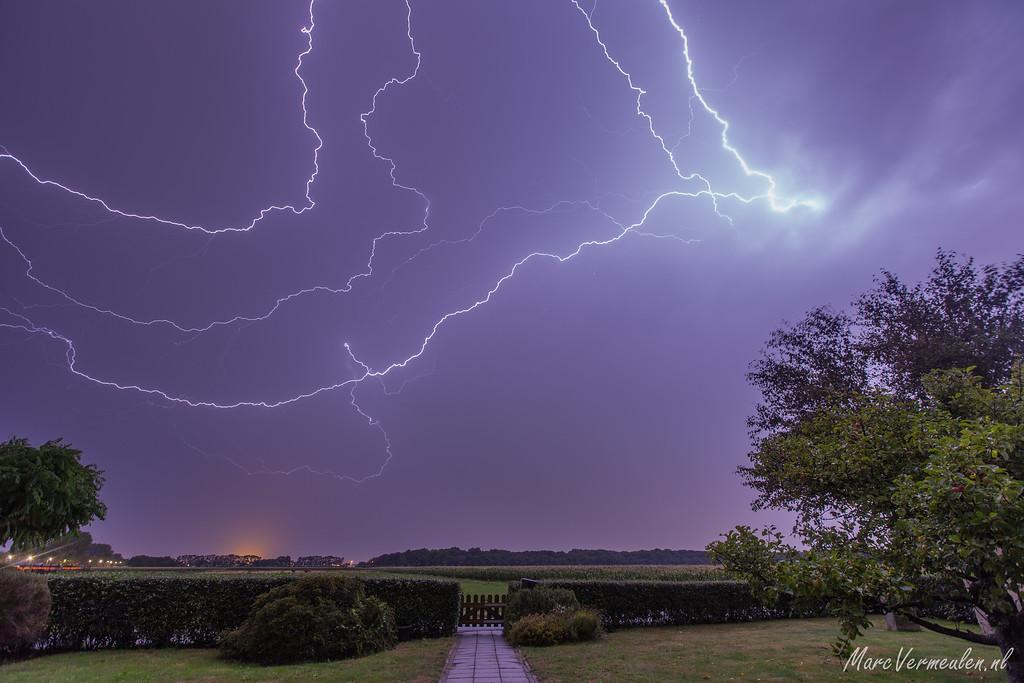 Extreme lightning in Hoek van Holland 13 August 2015
