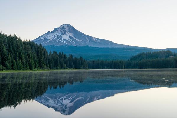 Trillium Lake Sunrise - Mount Hood