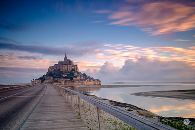 Mont Saint Michel sunrise