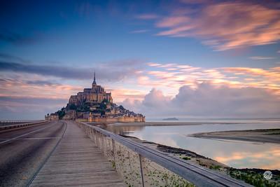 Mont Saint Michel sunrise