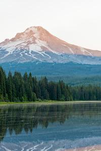Trillium Lake Sunrise - Mount Hood-4
