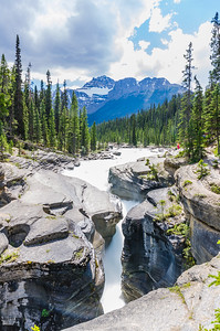 Mistaya Canyon, Alberta