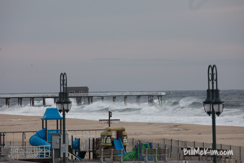 strong waves-9490
