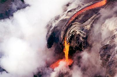 My Hawaii -- Molten lava flows!