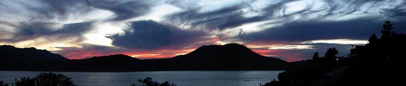 Sunset at Valle de Bravo