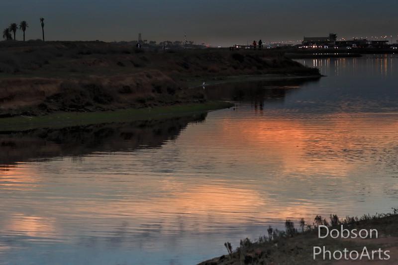 Night falls at the lagoon