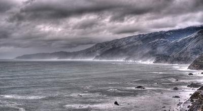 Angry ocean - Big Sur