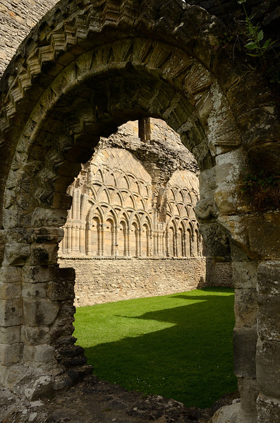 wenlock priory lr_014