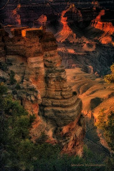 Pillars-Grand Canyon-Mathers Point