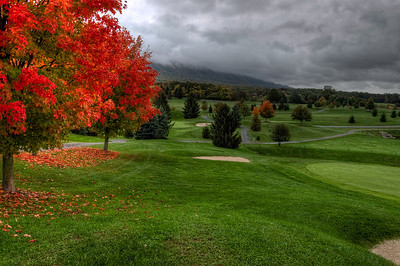 Storm lingering, Golf and Red Maples,Massanutten