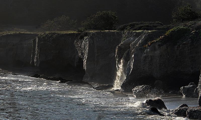 Waterfalls a Whalers Cove