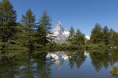 Grindjisee mit Matterhorn Spiegelung