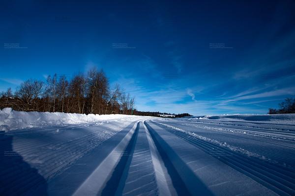 cross country skiing in Switzerland - Swiss Alps