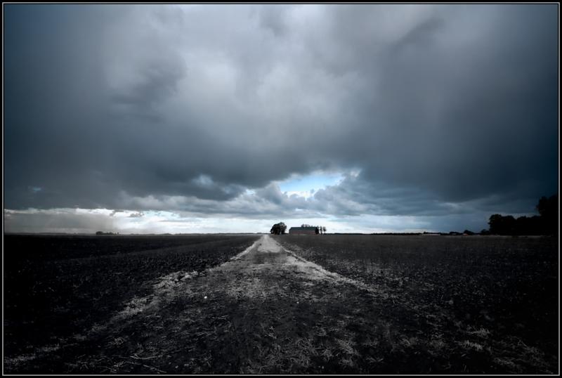 Dreigende lucht/Dark clouds