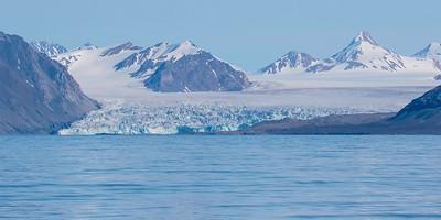 Bre/ Glacier Forlandssundet, Svalbard 8.7.2016 Canon 7D Mark II + Tamron 150 - 600 mm 5,0 - 6,3 @ 191 mm