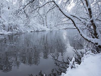 Lierelva, vinter Linnesstranda, Lier 8.12.2018 Canon 5D Mark IV + EF 17-40mm f/4L USM @ 29 mm