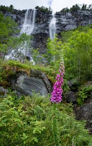 Honganvikfossen / Honganvik Falls Sauda, Rogaland 21.7.2020 Canon 5D Mark IV + EF 17-40mm f/4L USM @ 36 mm