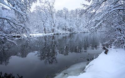 Lierelva, vinter Linnesstranda, Lier 8.12.2018 Canon 5D Mark IV + EF 17-40mm f/4L USM @ 19 mm