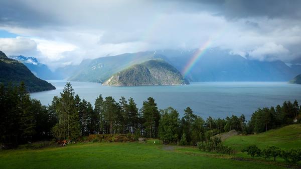 Utsikt mot Osafjorden og Eidfjorden