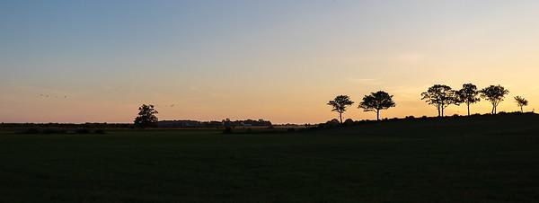 Solnedgang ved Feholmen Hornborgasjön, Sverige 26.7.2018 Canon 5D Mark IV + EF 17-40mm f/4L USM @ 40 mm
