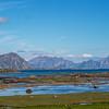 <center>LOFOTEN</center> Her ser man ut over Skifjorden mot Henningsvær som ligger litt til høyre utenfor bildekanten i bakgrunnen.. Mot høyre i bildet kommer man til Stamsund, og mot Venstre mot Valberg...