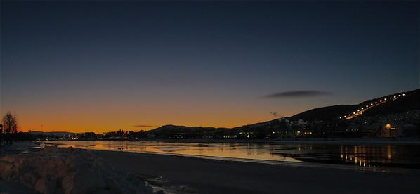 <center>Bilde fra Drammens elva en tidlig morgen med -17 kalde ute...</center>