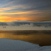 <center>Randsfjorden en kald vinterdag, sola er på vei ned og frostrøyken ligger over vannet....</center>