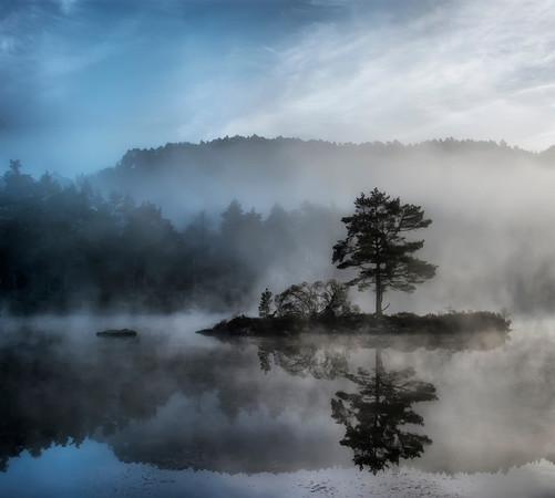 Kleivadalsvannet, Øvre Hetland, Sandnes, Rogaland. (Dette bildet fikk 2. plass i National Geographic's fotokonkurranse for  landskapsbilder, pluss 1. plass i en europeisk fotokonkurranse.