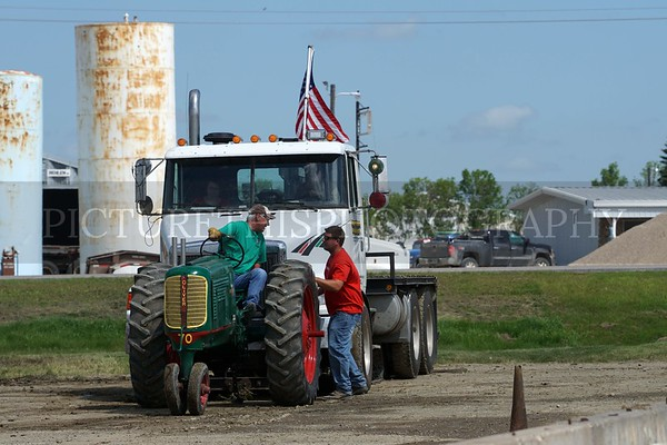 Langdon Tractor Pull July 30th 2016